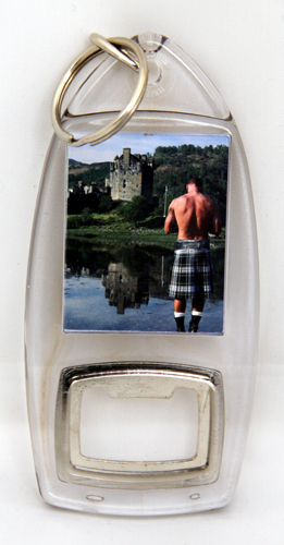 Kilt and Castle keyring / bottleopener